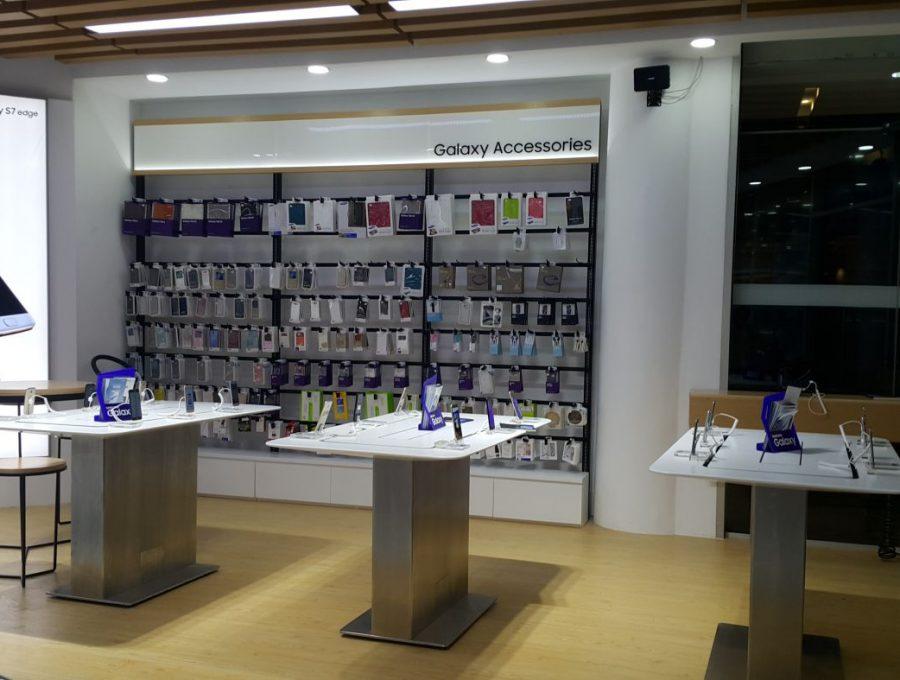 2 river mall Samsung 3